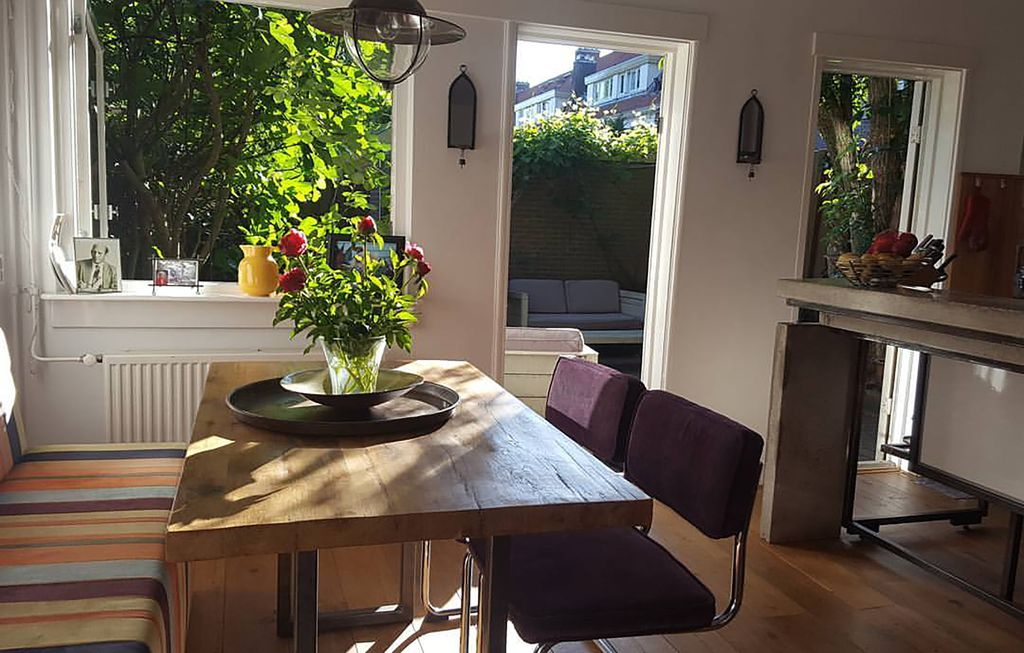 Lovely 3 bedroom house with Sunny Private Garden in Amsterdam