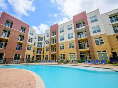 Photo for 1BEDROOM/ 1BTH  NRG area, FREE Shuttle service  to  Medical Center.  Book now!!!