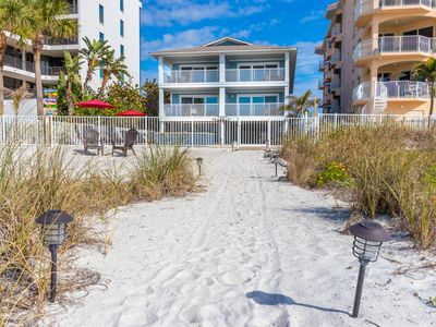 Photo for Newly Remodeled 3/2 Condo w/Pool direct Beach Access and views- check out video