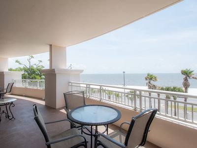 Photo for Deluxe Pool View Condo w/ WiFi, Resort Pool & Fitness Center Access