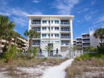 Photo for Luxurious Beach Front Condo On Siesta Key