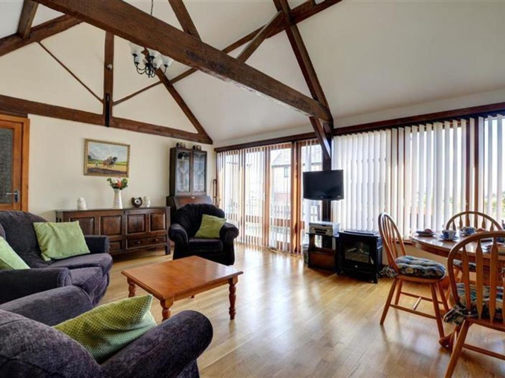 cottages wales pet oakwood rent rhayader cottage rental tub mid bece friendly with to in hot house