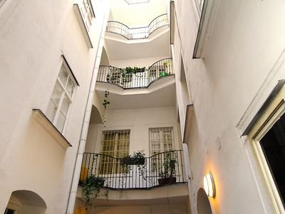 Photo for Apartment in the center of Vienna with Lift, Internet (30291)