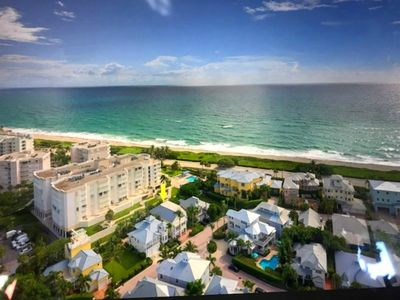Photo for Beautiful seaside home across from Jupiter Beach.  Golf, shopping & fine dining.