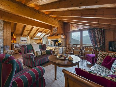 Photo for Verbier: Amazing 3 bedroom appartment close to ski slope