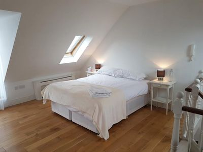 Photo for Beautifully  appointed and equipped 2 bedroom penthouse in central Brighton