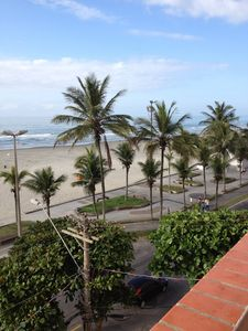 Photo for Apartment facing the sea (LINDO) + or - 30 mts of sand, furniture.