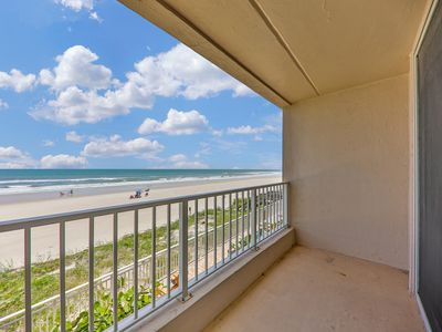 Photo for NEW LISTING! Oceanfront condo w/views, entertainment & shared pool -beach access