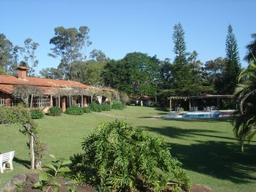 Great house with 8 beds. in Campinas w / pool, barbecue and social field