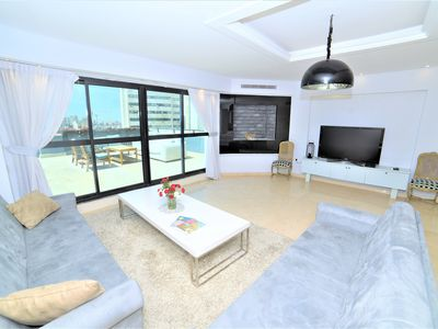 Photo for Luxury 2Bdrm Penthouse with private rooftop balcony with city view