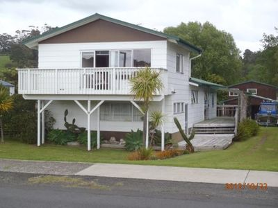Photo for Relax and  enjoy ,close to beach, shops and boat ramp