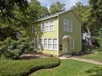 Charming Apartment in historic Aldridge Place-Central Austin
