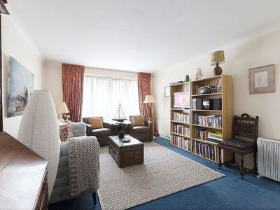 Photo for Lovely 2 Bedroom Apartment in Belgravia near Knightsbridge -