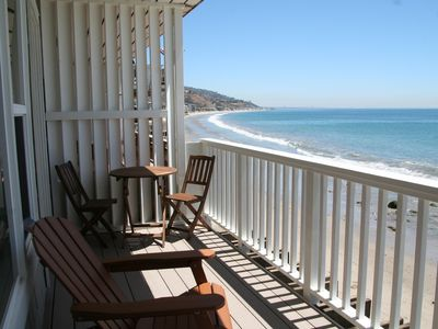 Photo for Charming Oceanfront Get-Away on Dry Sandy Carbon Beach - Stingray
