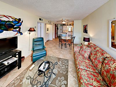 Photo for Steps to Gulf & Packed w/ Amenities - Multiple Pools, Hot Tubs & Tennis