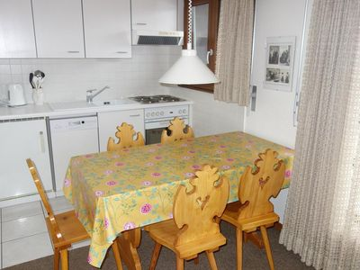 Photo for 2*, 1-bedroom-apartment for 4-6 people in the center of the resort, at about 350m from the skilift.