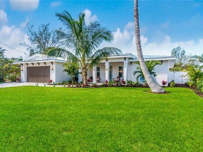 Photo for Beautiful Ground Level Home right on the Water with Stunning Views