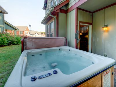 Photo for Spacious home w/convenient location & hot tub, near lake & dining