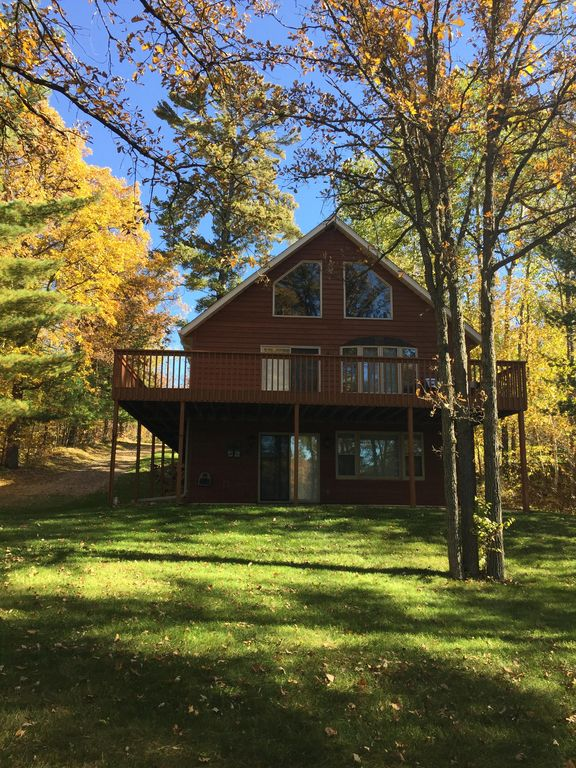 Beautiful 5 Bedroom Cabin With Up North Appeal Backus