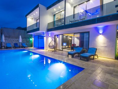 Photo for 3 Bedroom Villa with Totally Private Infinity Pool + Indoor Pool and sea views
