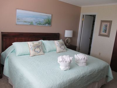 Photo for Larger 2 Bed/2 Bath w/ W/D in unit - NEW to Rental Market Summer 2019