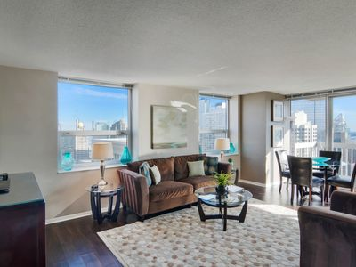 Photo for Upscale, dog-friendly suite w/ shared pool, balcony & lake view!