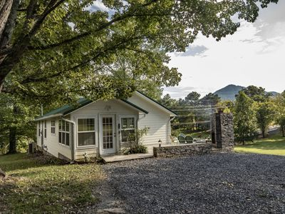 Photo for Mountain Cottage right next to the Wears Valley entrance to the Foothills Pkwy