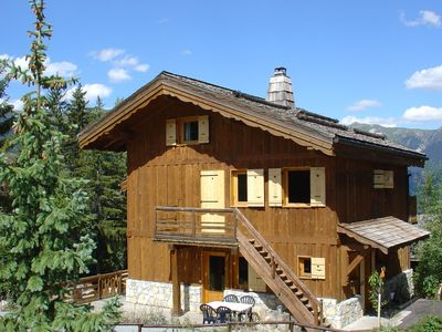 Photo for Superb traditional wooden chalets close to the slopes