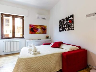 Photo for Apartment in the historic center of Palermo * Gran Suite Albatros *