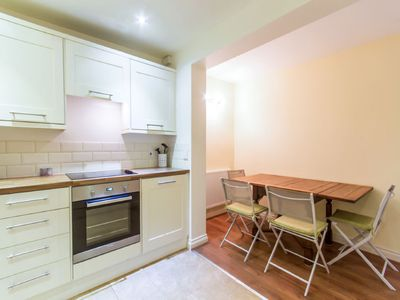 Photo for Apartment Gold in Eastbourne - 4 persons, 2 bedrooms