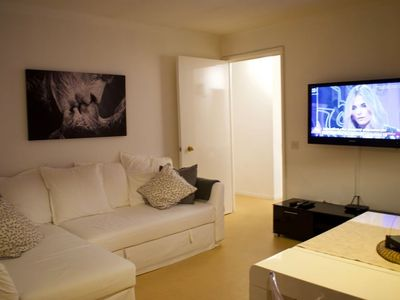 Photo for 2 Bedroom Central Apartment by Leith Walk