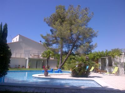 Photo for IN VILLA WITH SWIMMING POOL 15 MN FROM AIX EN PROVENCE