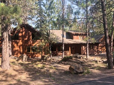 Photo for *REMODELED* Log Cabin, Walk To Village & To SHARC.10 unlimited SHARC PASSES