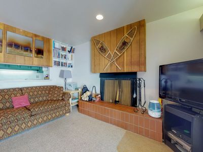 Photo for Family-friendly ski-in/ski-out home with amenities - close to shopping!