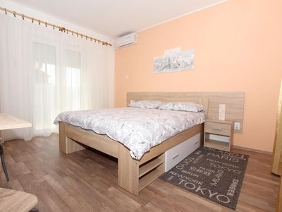 Photo for Apartment in the center of Rovinj with Air conditioning, Parking, Balcony (517457)
