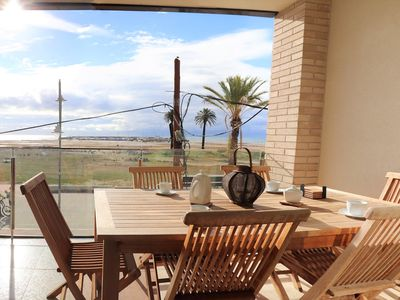 Photo for Apartment on the seafront in the center of Coma-ruga