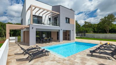 Photo for Modern villa with private pool in Barban