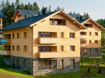 Photo for Luxury 8-person apartment in the holiday park Landal Brandnertal - in the mountains/rolling countryside