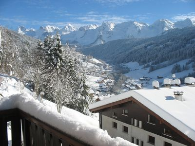 Photo for Individual chalet facing the Aravis, ground south garden with terrace and lawn