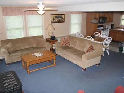 Photo for 3 Bedroom 2.5 Bath condo Minutes from all attractions and Skiing