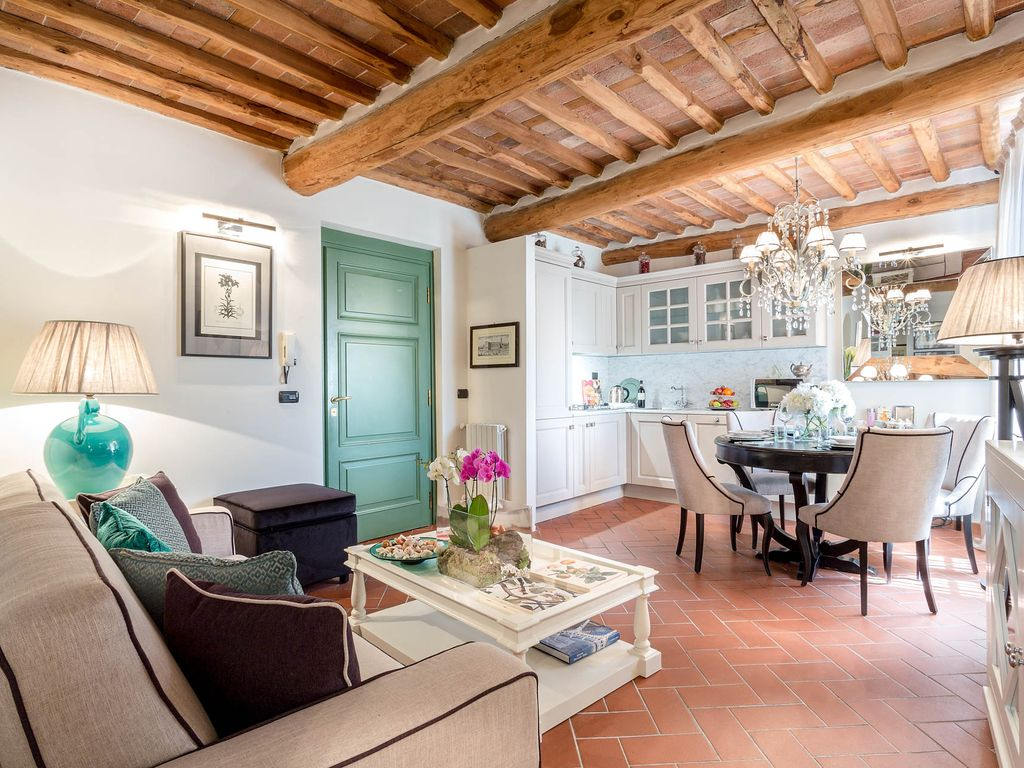 CASA PIERINA, A Smart And Luxury Apartment Inside The Walls Of Lucca
