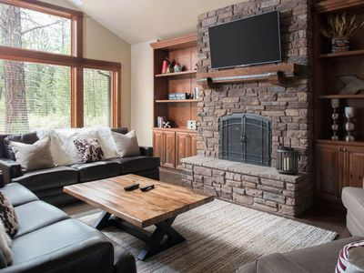 Photo for Welcome to this chic Caldera Springs cabin with WIFI, A/C and private hot tub