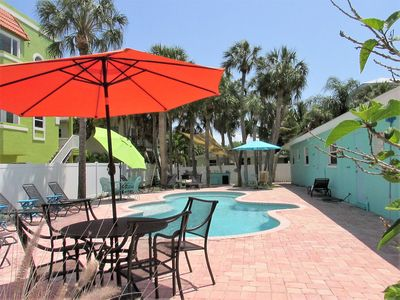 Photo for GREAT LOCATION!!! STEPS TO THE BEACH!!!  2 BED/1 BATH/POOL