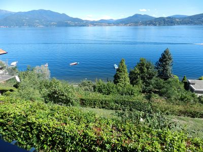 Photo for Villa Gialla - Only 50m from the lake with incredible views. Pets welcome.