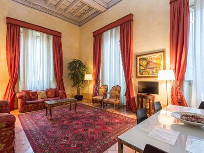Photo for Apartment in the center of Rome with Internet, Air conditioning, Washing machine (9697)