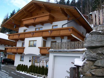 Photo for Large apartment with mountain views and a lot of sun, 10 minutes to the lift