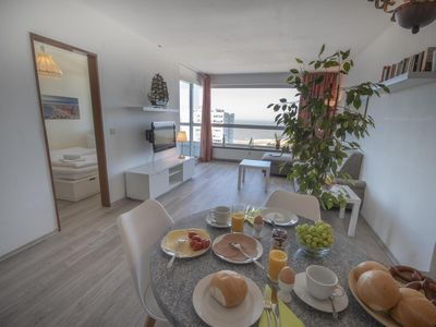 Photo for Beachfront apartment FB15. 09 with sea view