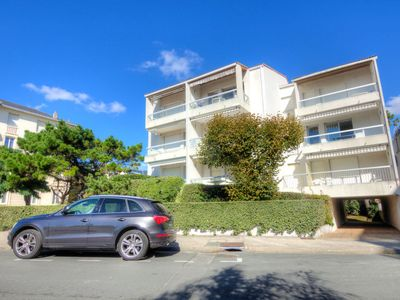 Photo for Apartment La Plage in Royan - 5 persons, 3 bedrooms