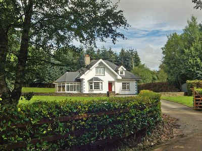 Photo for Detached dormer bungalow, at the end of a cul-de-sac road, in idyllic quiet secluded location…
