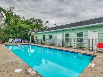Photo for Large Vacation Units In the Heart of MyrtleBeach/Beach/Family/Reunions/Corporate